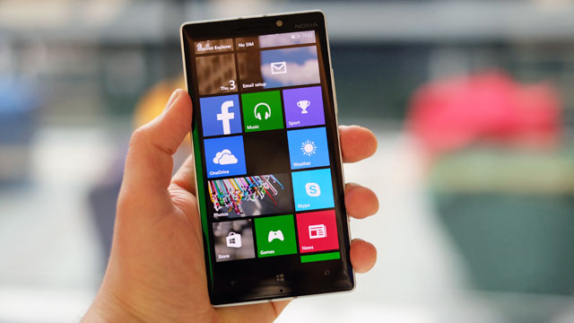 Lumia phones will get to upgrade to Windows 10
