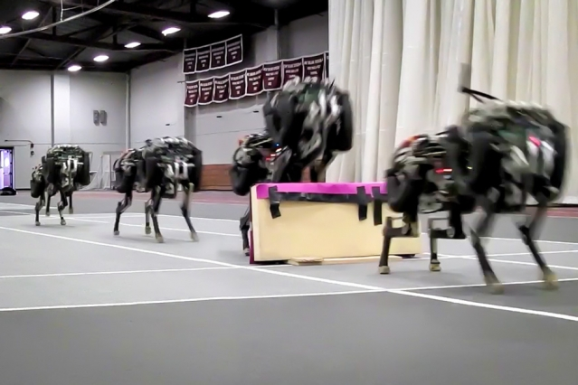 MIT unveils its jumping robot cheetah