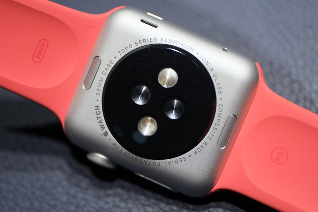 apple-watch-update-watch-os-update-heart-rate-sensor-bug