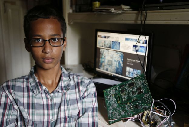 ahmed-clock-irving-dallas-obama-invites-kid-to-white-house-ahmed-mohamed-clock