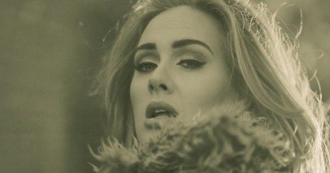 adele-hello-record-break-uk-top-charts-itunes-chart