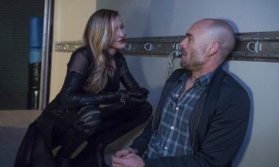 "Arrow -- ""Missing"" -- Image AR522a_0152b.jpg -- Pictured (L-R): Katie Cassidy as Laurel Lance/Black Canary and Paul Blackthorne as Quentin Lance -- Photo: Katie Yu/The CW -- © 2017 The CW Network, LLC. All Rights Reserved."