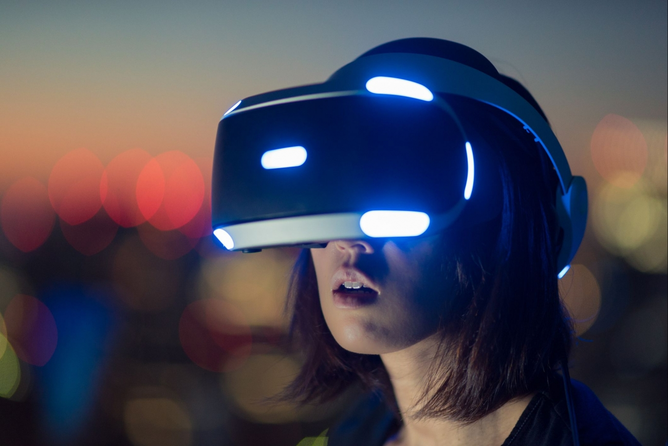 Top five VR headsets to consider in 2017, whatever your ...